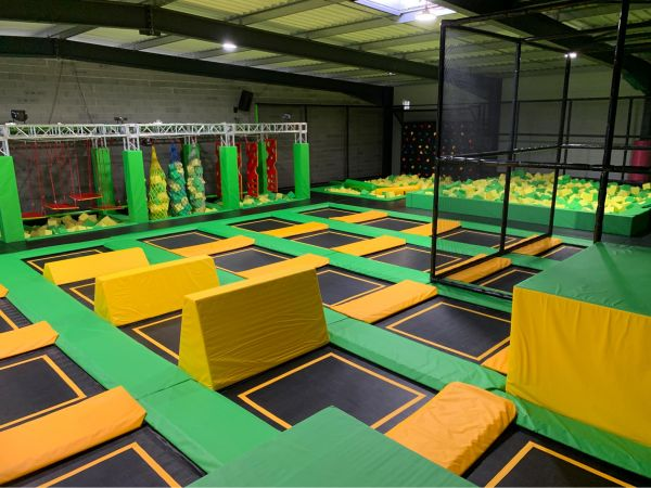 Logo Magic Jump Indoor
